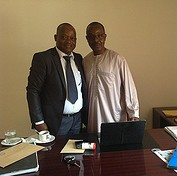 Coalition Africa Coordinator Francis Dako meets with the head of the Guinean Bar Association. © CICC