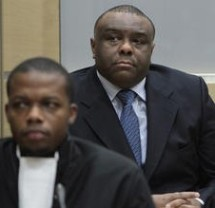 Jean-Pierre Bemba in an ICC courtroom in 2010. © REUTERS/Peter Dejong