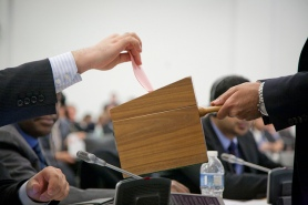 Delegates casting votes in election of judges at the ASP. © CICC/Solal Gaillard.