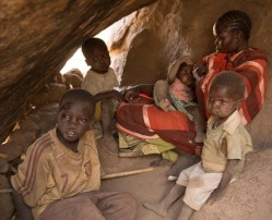 Civilians take refuge in South Kordofan's Nuba Mountains. © Samaritan's Purse