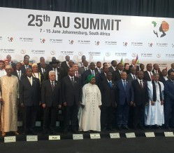 African heads of state pose for a photo at the AU summit. © SEWA News