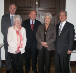Richard Goldstone (center) and other members of the Independent Panel on ICC Judicial Elections. © CICC