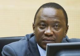Kenyan President Uhuru Kenyatta appears before ICC judges. © AFP